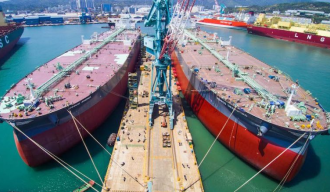 Cheap oil doubles Americas VLCC freight, makes for storage play