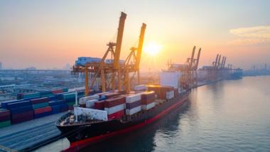 B2B海运电商服务:租船,船舶燃料油价格,船舶买卖,船舶交易,港口船舶代理和寻找海运供应商